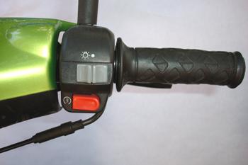 Ciclomotor. Mandos de luces y arranque