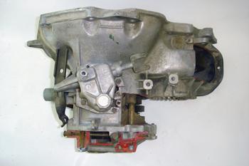 Caja de cambios para motor delantero transversal. Vista superior