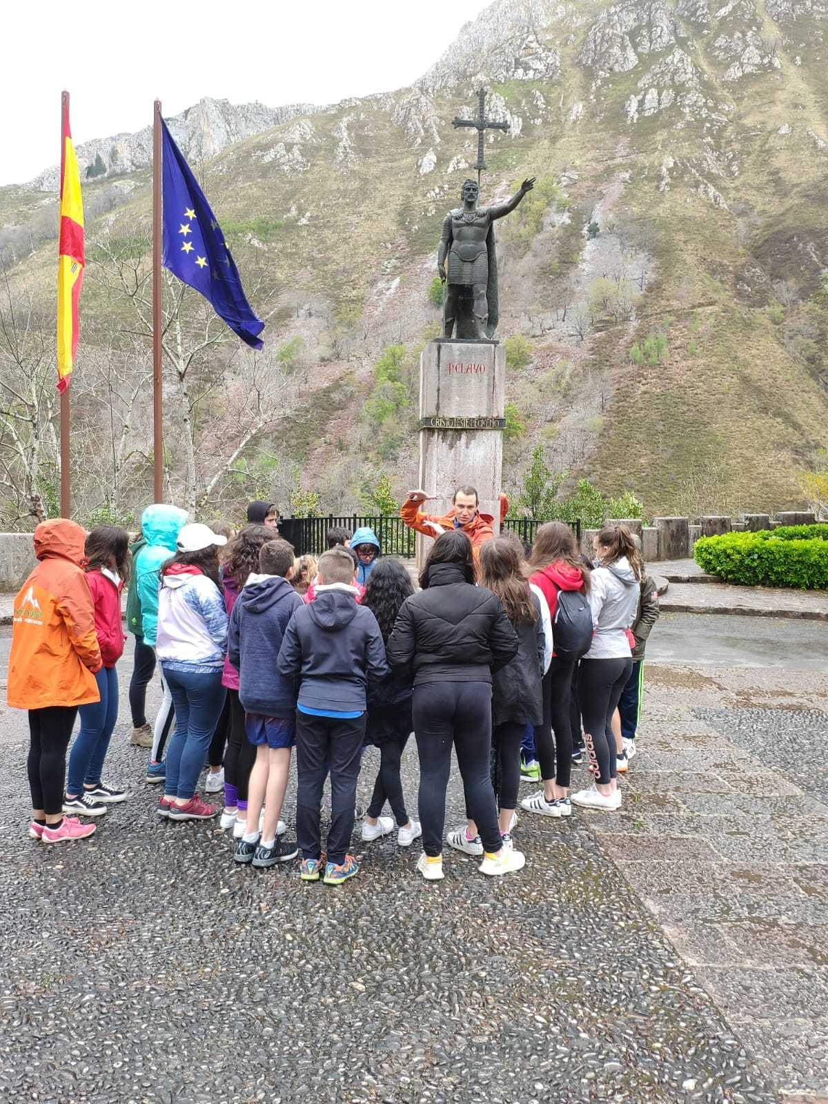 Santa Cueva de Covadonga 9