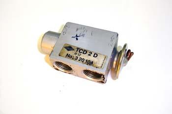 Válvula de expansión de aire acondicionado. Doble circuito